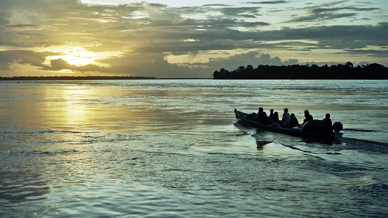 Travessia pelo Rio Amazonas no trecho em Tabatinga (AM). Foto: Francisco Chaves/Flickr/CC